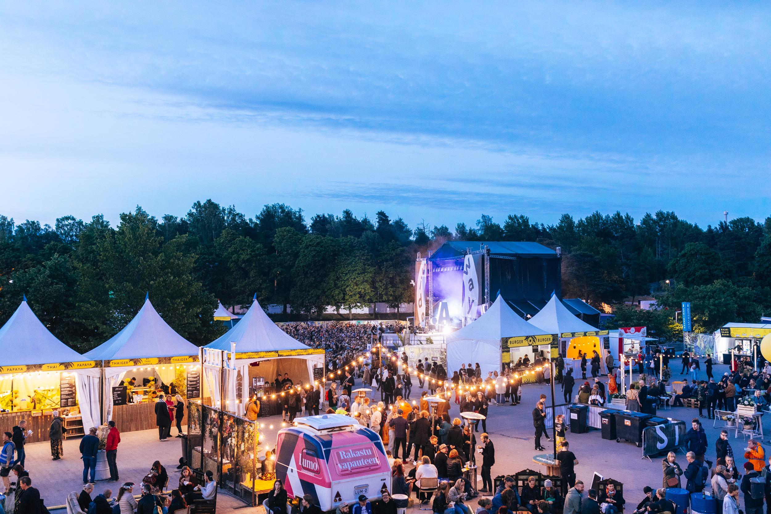 Gay/LGBTQ friendly Sideways Festival in Helsinki Finland, Sateenkaariystävällinen Suomi yhteisön jäsen