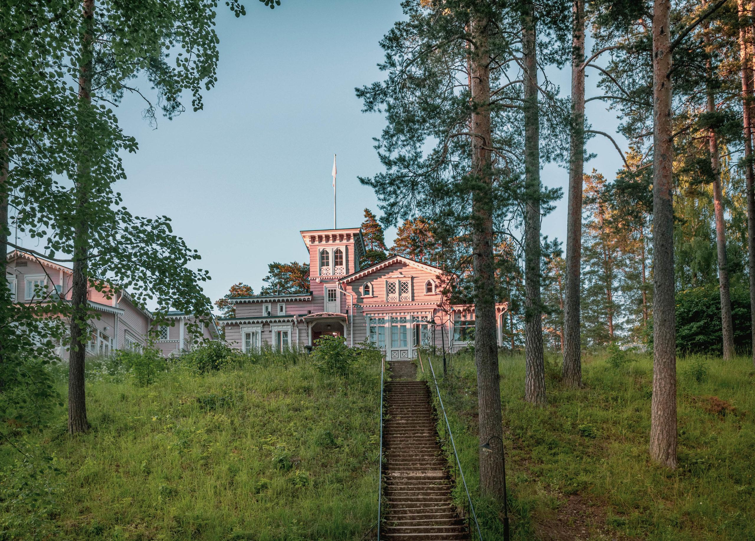 Gay/LGBTQ friendly Hotel Punkaharju in Punkaharju Finland, sateenkaariystävällinen Suomi yhteisön jäsen